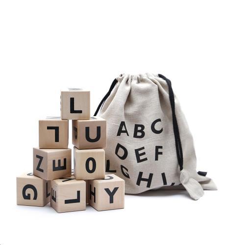 Blokken alfabet - black