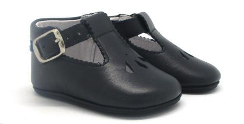Babychic schoentje donkerblauw maat 18