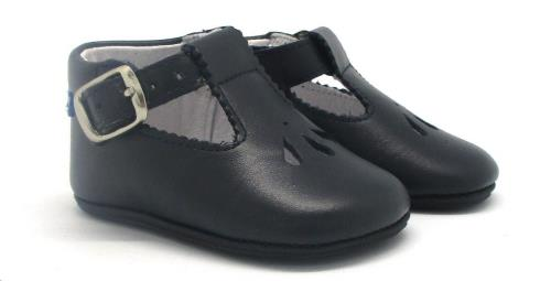Babychic schoentje donkerblauw maat 19